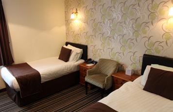 standard_twin_room